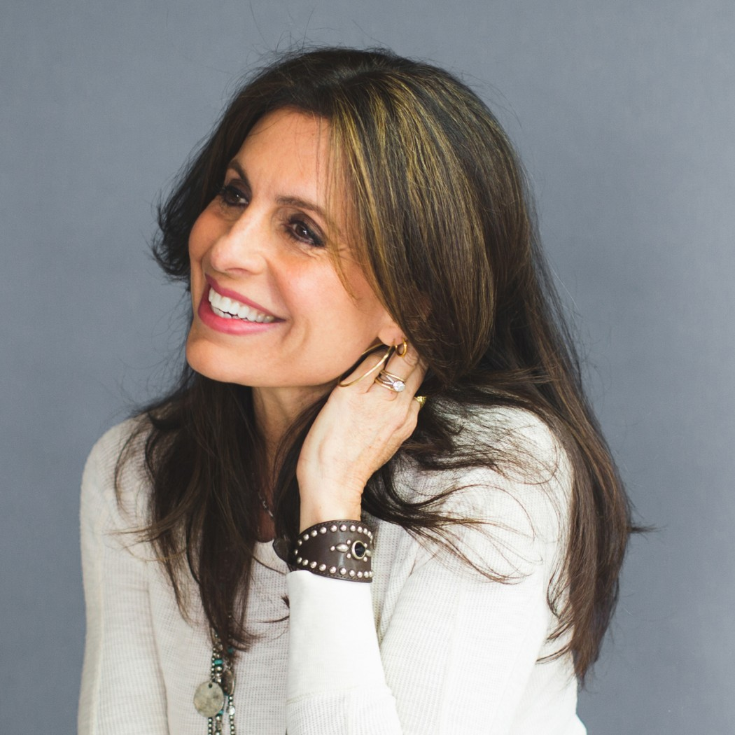 Author Interview with Lisa Bevere