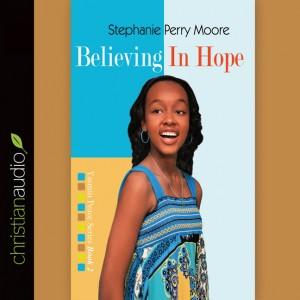Believing in Hope (Yasmin Peace Series Volume #2)